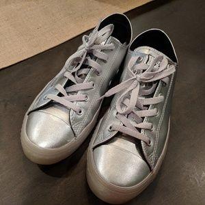 Silver Converse Size 6 (men's) 8 (women's)